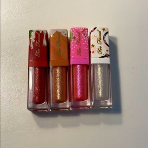 Too faced Christmas set lipgloss